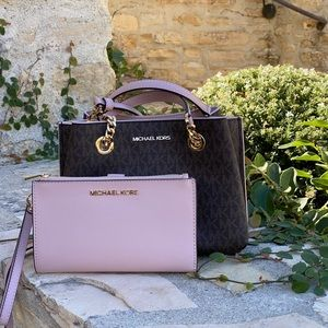 NWT Michael Kors Teagen handbag&wallet signature